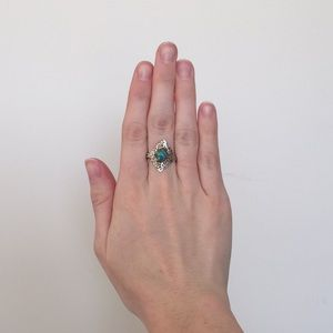 Accessories - Vintage sterling silver Opal Ring